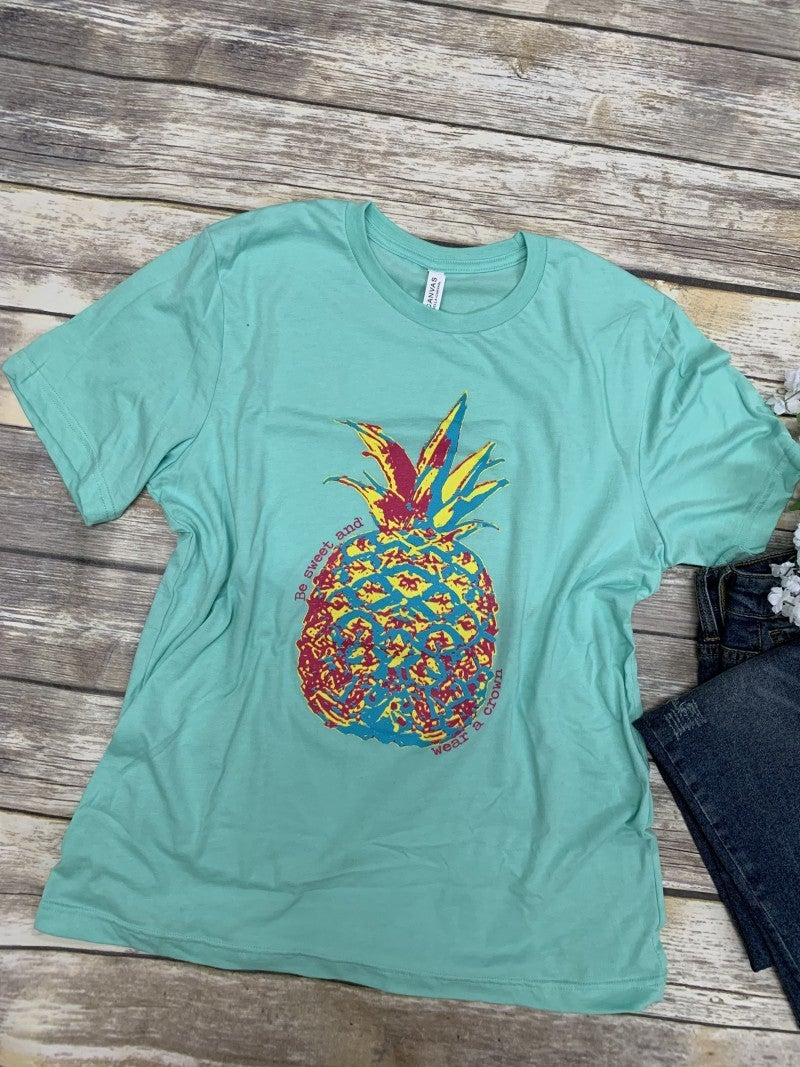 Be Sweet And Wear a Crown Pineapple Top In Mint