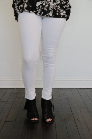 The Gretchen White Skinny Jeans - SIzes 1-15