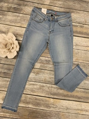 The Jamie Light Washed Denim Skinny Jeans With Distressed Bottom Sizes 1-15