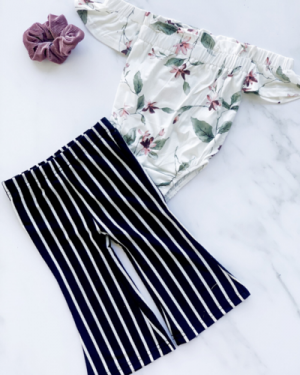 BAILEY'S BLOSSOMS BLACK AND WHITE STRIPE FLAIR PANTS