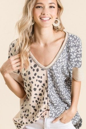 THERMAL WAFFLE VNECK TOP WITH COLOR BLOCK