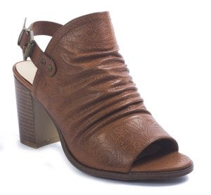 PIERRE DUMAS LEATHER HEEL