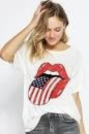 LOOSE FIT GRAPHIC TEE WITH FLAG TONGUE
