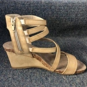 PIERRE DUMAS STRAPPY SMALL WEDGE