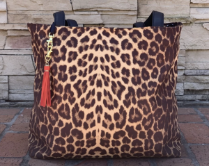 The Makeup Junkie Ideal Everyday Tote in Exotica