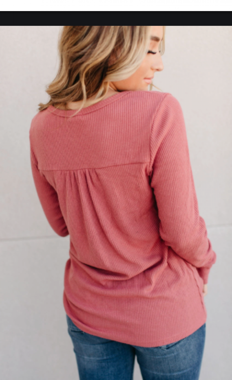 The Ampersand Ribbed Long Sleeve V-Neck Tee in Berry