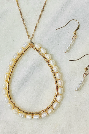 Good As Gold Necklace Set