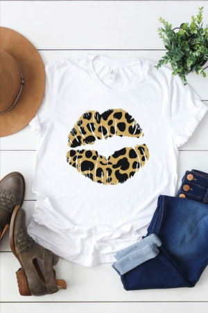 Leopard Kisses Graphic Tee