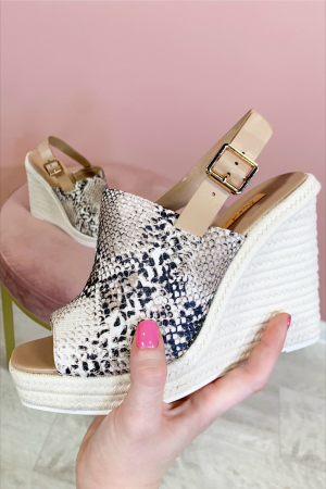 Message Of Love Wedge