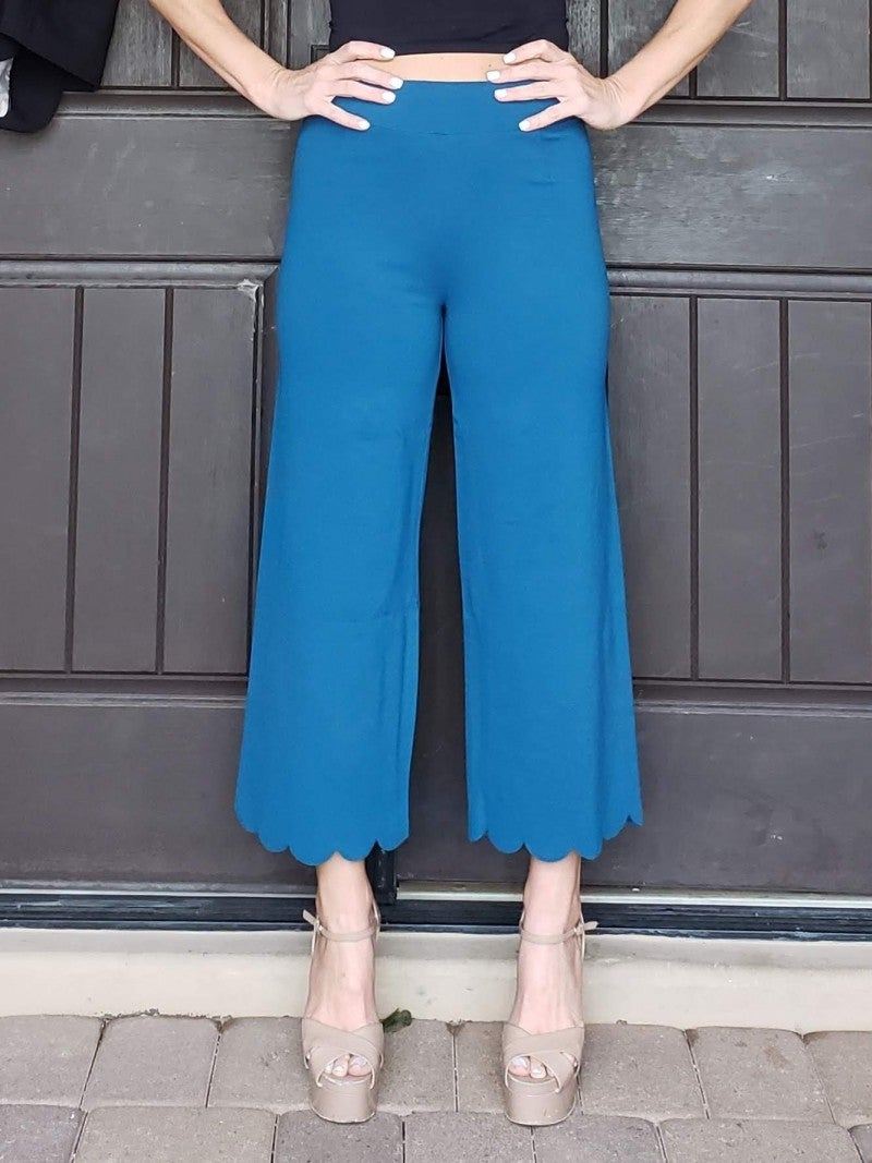 Heavy Ponte High Rise Scallop Crop Pants