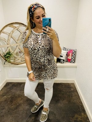 Short Sleeve Leopard Print Henley Top