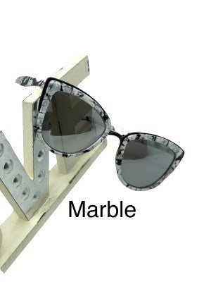 Fashion Sunglasses with Protective Carrying Case