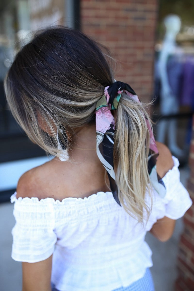 Simply Sweet Short Scrunchie