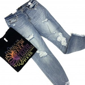 "Judy Blue ""Beach Bound"" Boyfriend Jeans"
