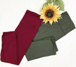Capri Leggings With Front Pocket