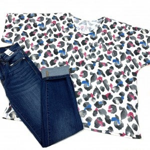 Free From The Chase Leopard Top