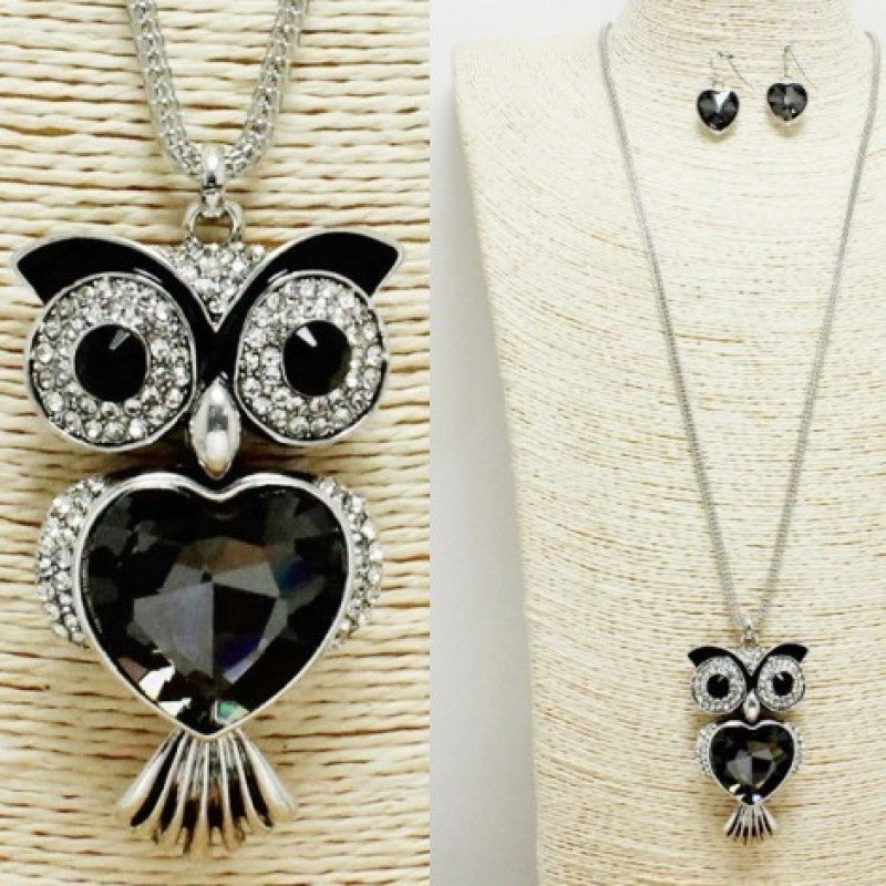Beautiful Jewel Owl Pendant Necklace