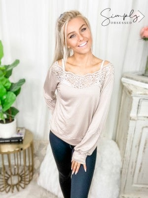 Madison - Long sleeve lace trim top