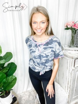 Honeyme - Short sleeve round neck camo print knit top(plus)