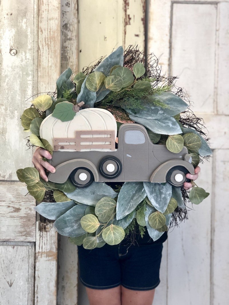 Green Fall Foliage Wreath