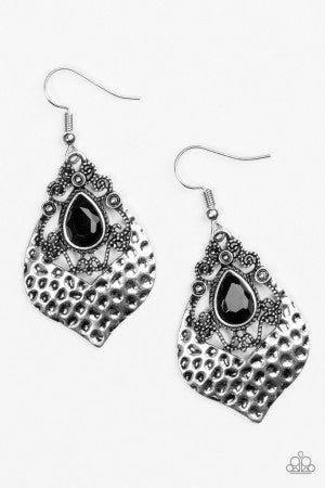 Royal Rebel Black Earring