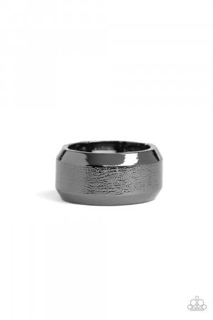 Checkmate Black Ring