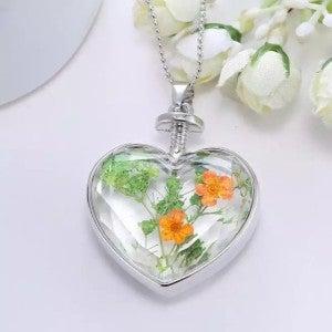 Color me flowers necklace