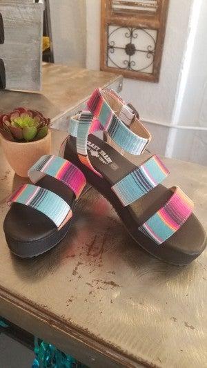 San Saba Sandals**Serape
