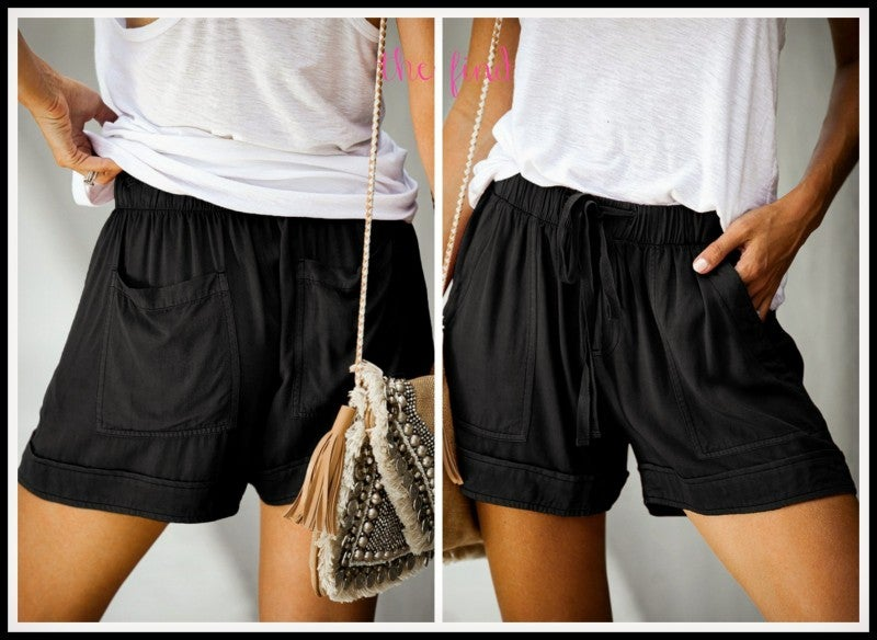 Blakely Shorts in Black