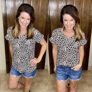 Leopard Lovers Loose Fit V-Neck