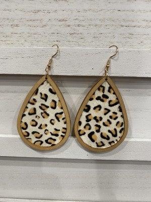 Lightweight Wooden and Faux Fur Tear Drop Earrings