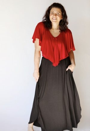 Sideswept Hem Black Maxi Skirt with Pockets