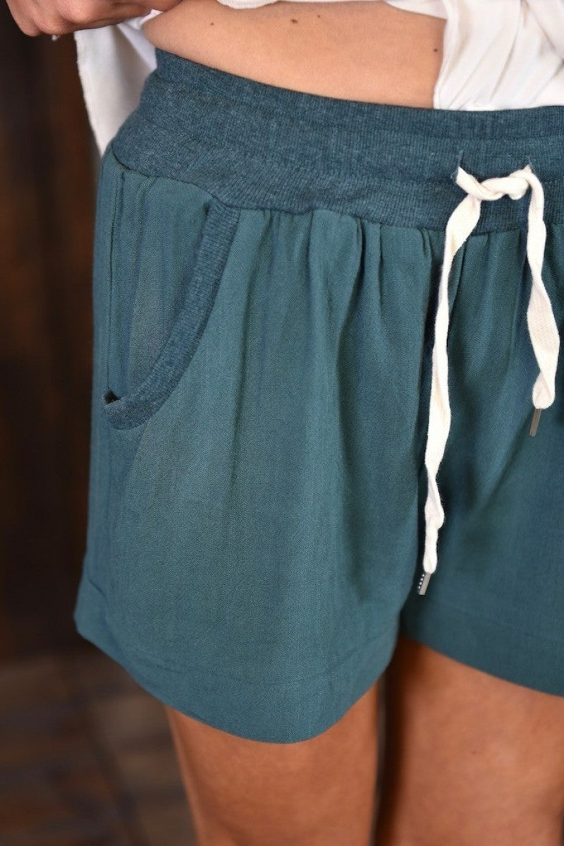 *FINAL SALE* Seaweed Linen Blend Shorts