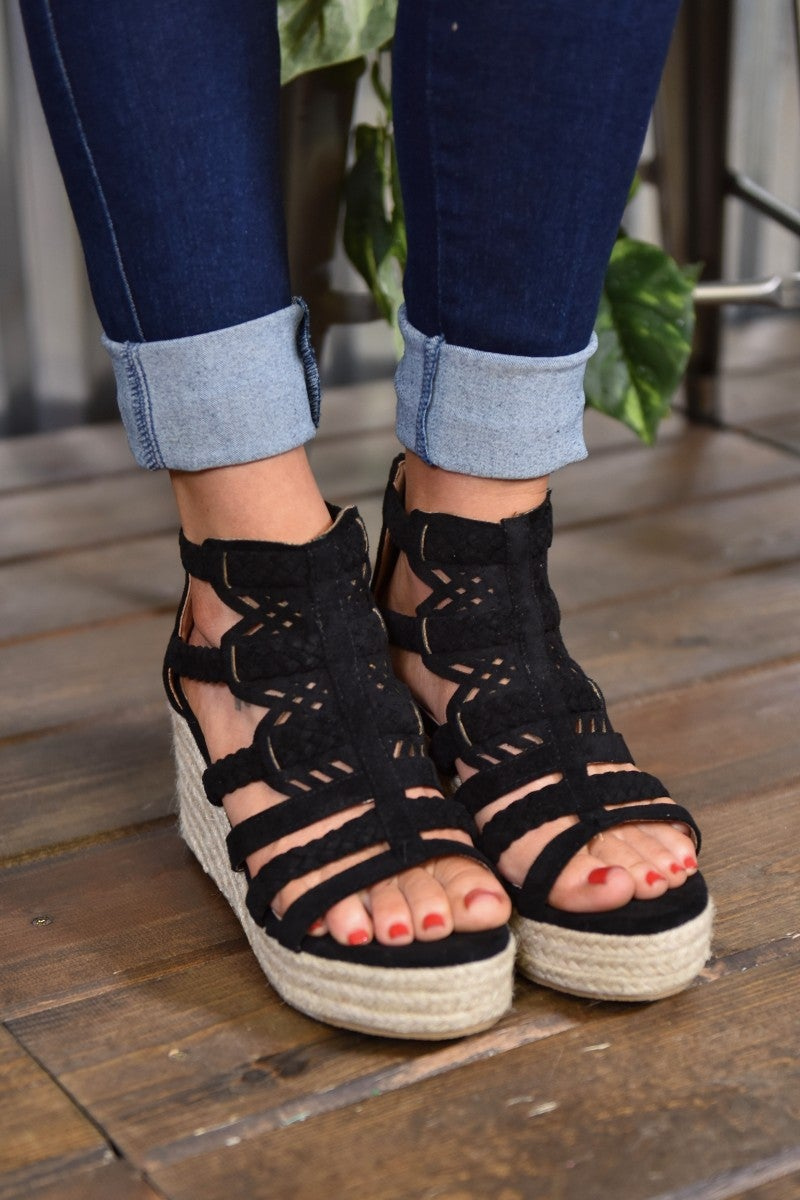 Black Spring Wedge