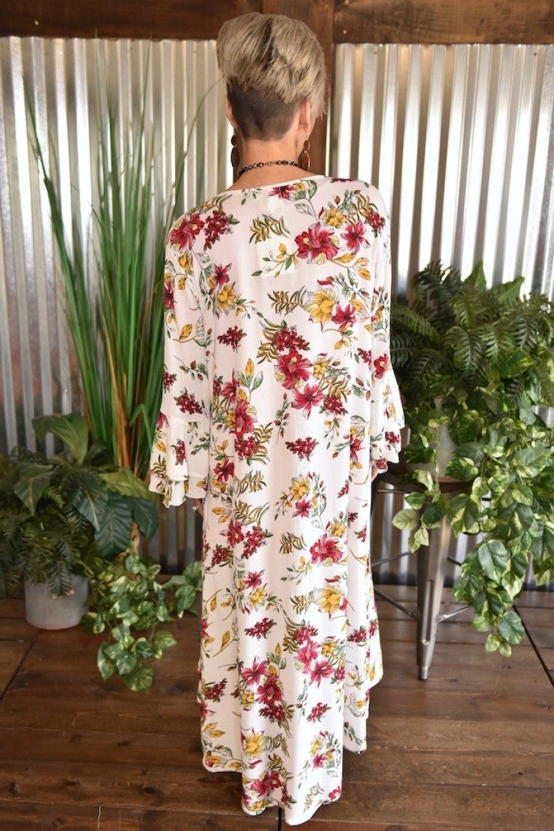 CLEARANCE Get Swept Away Floral Kimono
