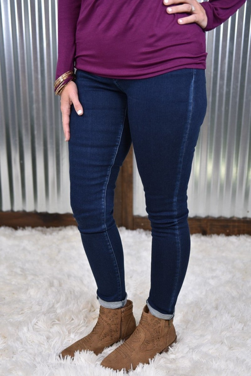 Kan Can Dark Wash Mid Rise Skinny Jeans