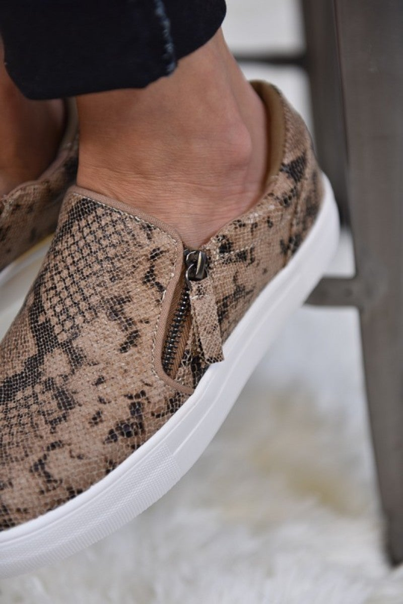 Taupe Simmer Sneakers